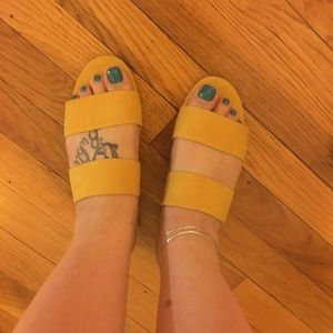 MUSTARD CIRCUS BY EDELMAN SANDALS